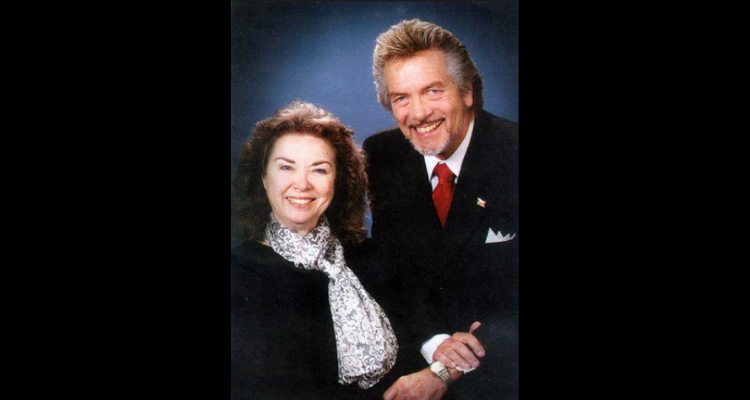 Gospel singers Roy and Amy Pauley